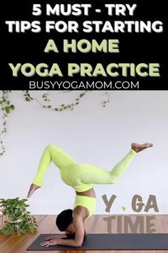 Learn how to create your ideal home yoga practice with these tips on how to create a zen space, how to sequence a class, how to create a consistent schedule and more with these must-try, at-home yoga tips. Yoga At Home, At Home Gym, Beginner Yoga, Yoga For Beginners, Yoga Playlist, Free Yoga Classes, Home Yoga Practice, Zen Space, Yoga Mom