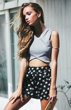 Hope Crop Hello Spring, Spring Style, Dress Me Up, Spring Fashion, Mini Skirts, Street Style, Boutique, Bb, Clothes