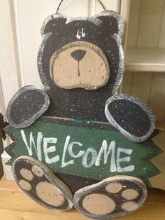 Woodworking Patterns Cute wood bear welcome sign craft Diy Projects For Kids, Crafts For Kids To Make, Crafts To Sell, Kids Diy, Sell Diy, Wood Projects, Woodworking Patterns, Woodworking Crafts, Woodworking Chisels