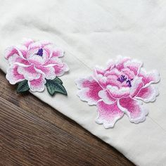 Embroidered Appliques,Embroidered Flower,Sew-on Patches For Dress Supplies,For Dress DIY, Flower App Border Embroidery Designs, Embroidery Applique, Machine Embroidery Designs, Embroidery Patterns, Flower Patch, Flower Applique, Hand Embroidery Projects, Embroidered Lace Fabric, Sew On Patches