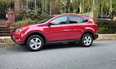 First Look: 2013 Toyota RAV4 XLE fwd