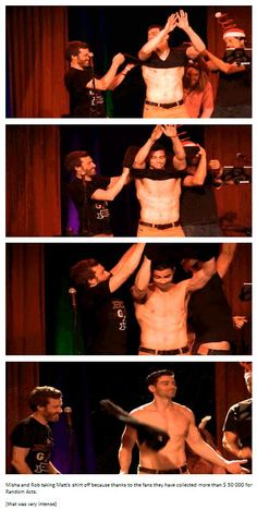 Misha and Rob taking Matt's shirt off because thanks to the fans they have collected more than $ 50 000 for Random Acts.