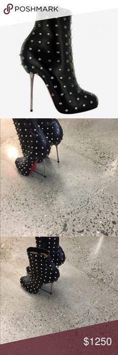 Authentic Christian louboutin lipspike ankle boots Authentic.  Rare  Classic  Size 39.5  Fast turnaround  Missing 2 spikes. ( I can get two spike so that they can be put on  Any questions let me know. Thanks Christian Louboutin Shoes Ankle Boots & Booties