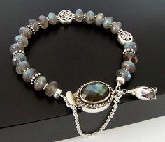 Labradorite Bracelet ... love the Box Clasp!!!