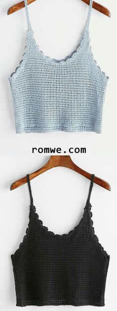 """diy_crafts- Scalloped Hem Knitted Cami Top (Top Moda Tejidos) """"This post was discovered by Suz"""", """"We Curate Men's Fashion & Women's Fashion Da Crochet Bra, Crochet Bikini Top, Crochet Woman, Crochet Blouse, Love Crochet, Modern Crochet, Freeform Crochet, Crochet Flower, Crochet Dress Outfits"""