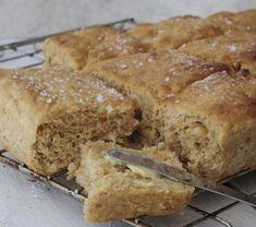 Dessert Recipes, Desserts, Bread Baking, Food Inspiration, Bread Recipes, Banana Bread, Food And Drink, Scones, Dinner