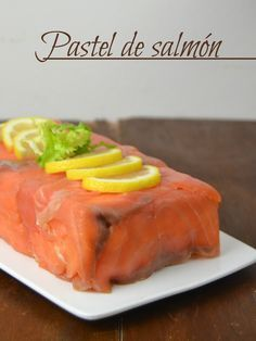 Easy salmon cake (With sliced bread) Seafood Recipes, Snack Recipes, Minis, Good Food, Yummy Food, Salmon Cakes, Salty Cake, Food Decoration, Kitchen Recipes
