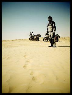We love motogeo in the Sahara.
