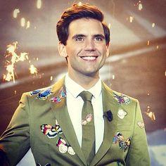 <3 Mika smile x factor
