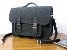 Mens Messenger Bag/ Mens Felt bag /  Mens satchel bag / Messenger bag for men / Mens bag / Felted bag / 15-inch laptop bag by BPStudioDesign on Etsy