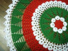 Granny Hexagon Crochet Christmas Tree Skirt Pattern for 2015 Christmas - Christmas Decor, Christmas Craft - LoveItSoMuch.com