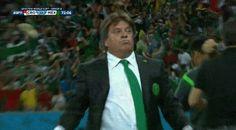 Cuando entró el primer gol las cosas empezaron a cambiar. | Cómo celebrar goles al estilo de Miguel Herrera