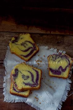 Aku udah stok 2 kg ubi ungu di freezer buat dibikin macam macam untuk takjil buka puasa. Aku kukus, dihaluskan dan di simpan dalam... Brownie Cupcakes, Cake Cookies, Brownie Recipes, Cake Recipes, Marmer Cake, Bolu Cake, Resep Cake, Cake Photography, Beautiful Cakes