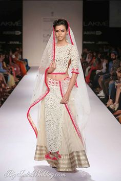 Vaishali S all-white lehenga perfect for day functions