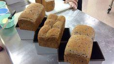 紫米黑芝麻椰子麵包-AO 麵包 烘焙 奧斯汀攪拌機 賀揚 我愛奧斯汀 - YouTube Banana Sponge Cake, Breads, Pudding, Youtube, Food, Bread Rolls, Custard Pudding, Essen, Bread