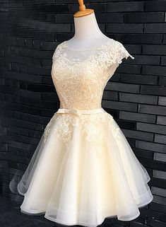 Unique Prom Dresses, Champagne Lace Cute Knee Length Formal Dress, Graduation Party Dress, Prom Dress, There are long prom gowns and knee-length 2020 prom dresses in this collection that create an elegant and glamorous look Yellow Homecoming Dresses, Prom Dresses 2018, Plus Size Prom Dresses, Grad Dresses, Quinceanera Dresses, Short Dresses, Formal Dresses, Dress Prom, Prom Gowns