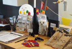 Die einfachsten, günstigsten und coolsten DIY - Ideen für einen Harry Potter Kindergeburtstag (Einladungen, Schnatze, Zauberstäbe, Mitgebsel Tüten,etc. )
