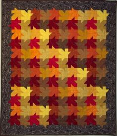 regularity against autumn chaotic Fall Quilts, Scrappy Quilts, Quilting Projects, Quilting Designs, Quilt Square Patterns, Knitting Machine Patterns, Quilt Modernen, Colorful Quilts, Leaf Art
