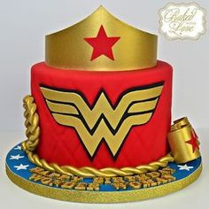 Wonder Woman cake for Nayda's surprise birthday party! Wonder Woman Birthday Cake, Wonder Woman Cake, Wonder Woman Party, Superhero Birthday Party, Girl Birthday, Birthday Parties, Surprise Birthday, Cake Birthday, Birthday Nails