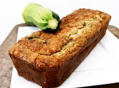 Ik kreeg het recept van @yvettevanboven via mijn buurvrouw. Uiteraard heb ik er mijn eigen draai aan gegeven en staat morgen mijn eigen courgettebrood online! #comingsoon #staytuned #goodfood #glutenvrij #purefoodie #foodforthought #fresh #uiteigentuin #courgette #zucchini #vers #zelfgemaakt #homemade #recept #foodblog #healthychoices #foodshare #inspiratie #inspirationfood #inspiration