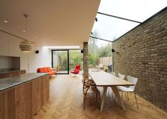 Side and rear extension in Queen's Park, by LBMV Architects - Side Return , Living In London, London House, London Townhouse, Glass Extension, Rear Extension, Extension Ideas, Extension Google, Kitchen Interior, Kitchen Decor