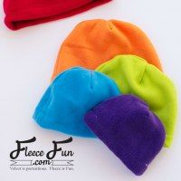 http://www.fleecefun.com/basic-hat-adult-child-and-baby-pattern-and-tutorial.html