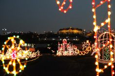 Drive through the lights in Branson, Missouri: http://www.explorebranson.com/things-to-do/branson/drive-through-the-lights-in-branson/