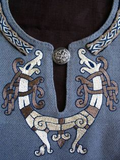 Gorgeous norse style embroidery! 1526578_796203490395270_2095109730_n.jpg 720×960 pixels: