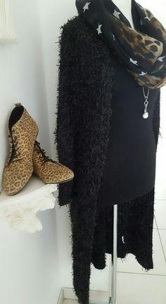 Zottel - Cardigan schwarz Zara, Fashion, Reach In Closet, Fashion Women, Kleding, Black, Moda, Fashion Styles, Fashion Illustrations