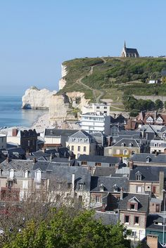 Étretat, Normandy, France  http://www.pinterest.com/adisavoiaditrev/boards/