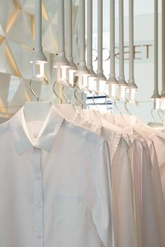 View the full picture gallery of Sorbet Store Retail Interior Design, Commercial Interior Design, Commercial Interiors, Display Design, Store Design, Display Ideas, Retail Space, Retail Shop, Restaurant Design