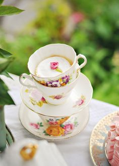 Ruffles and Roses - A Mad(ish) Tea Party
