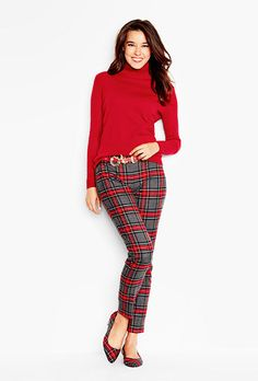 A chic plaid design gives this classic pant a season-right look.