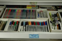"Map drawer for ""Markers, Pens & Pencils"" organized using foamcore boxes Read on to learn how to make your very own foamcore box (designed by Lorri F) so you can start organizing your stuff!"