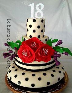 La buona cucina di Katty: Torta a pois con fiori rossi - Pois cake with bunch of flowers