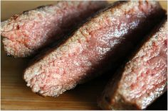 Os explicamos cuál es, según la ciencia, la mejor manera de cocinar la carne para que quede ultrajugosa en el interior y dorada en el exterior.