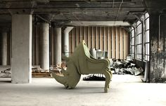 THE RHINO CHAIR Кресло Коллекция: Animal Chair Collection Дизайн: Максимо Риера / Maximo Riera