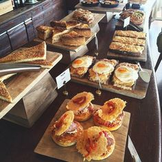 Decisions - decisions - decisions on Sunday's brunch at New Hotel! Photo by @wherecanifindthe