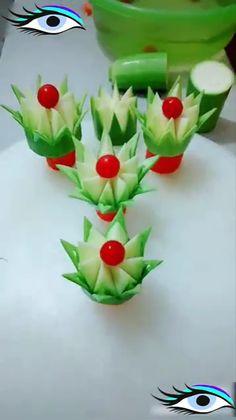 Art Ideas Best ideas about salad and fruit art.Best ideas about salad and fruit art. Fruit And Vegetable Carving, Veggie Tray, Vegetable Salad, Salad Decoration Ideas, Salad Ideas, Cute Food Art, Food Sculpture, Food Garnishes, Garnishing