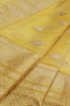Silk Saree Banarasi, Kora Silk Sarees, Banaras Sarees, Organza Saree, Brocade Saree, Georgette Sarees, Cotton Saree Designs, Saree Blouse Neck Designs, Designer Sarees Wedding