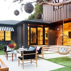 25 Patios We Could Live In - 25 Patios We Could Live In - Photos