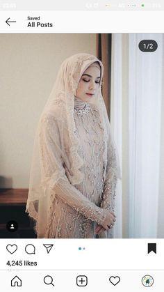 Hijabi Wedding, Wedding Hijab Styles, Kebaya Wedding, Muslimah Wedding Dress, Muslim Wedding Dresses, Disney Wedding Dresses, Muslim Brides, Simple Hijab, Simple Gowns