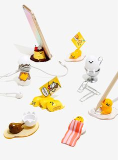 Who knew Gudetama would make a great office assistant?! | Gudetama Office Blind Box Figures