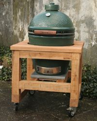 Robust oak furniture for the big green egg. Made to measure by Houtsmederij. - Robust oak furniture for the big green egg. Green Egg Mini, Big Green Egg Table, Green Eggs, Big Green Egg Outdoor Kitchen, Small Outdoor Kitchens, Kamado Grill, Kamado Joe, Bbq Egg, Grill Table