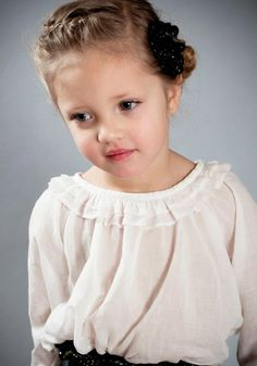 ALALOSHA: VOGUE ENFANTS: My interview with a fashion designer of these dresses SOON!