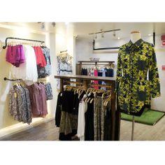 Todo lo que necesitas para armar un look único te espera en nuestras tiendas Melao. #melao #moda #diseñovenezolano #estilo #fashion #ootd #style #design #cafeto