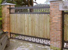 Somos Puertas Ltda. - Desde 1986 fabricamos puertas eléctricas, Bien hechas!
