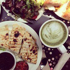 Green tea @ Urth, Los angeles Latte Art, Matcha, Channel, Tea, Inspired, Ethnic Recipes, Green, Travel, Food