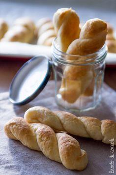 Treccine alla ricotta di Luca Montersino - Brodo di coccole #ricotta #biscotti #montersino #brododicoccole