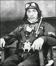 oficiales ejercito imperial japones rabaul - El aviador de la marina imperial japonesa Nobuo Fujita